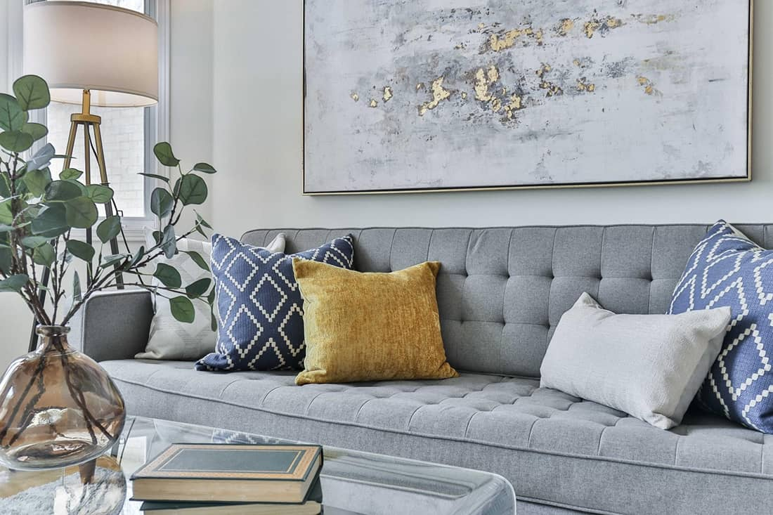 Chic Decor Statements For Small Apartments